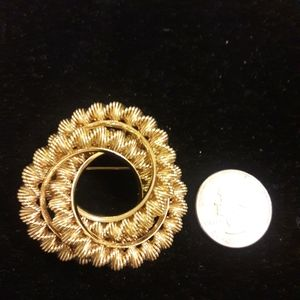 Vintage Gold tone brooche